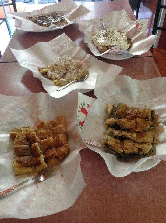 Mpougatsa Giannis, Eat after Drinks, Mitropoleos 106, Thessaloniki, Greece