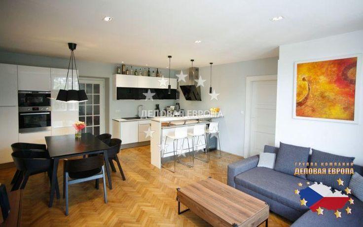 НЕДВИЖИМОСТЬ В ЧЕХИИ: продажа квартиры 3+КК, Прага, Bubenská, 255 000 € http://portal-eu.ru/kvartiry/3-komn/3+kk/realty199/  Предлагается на продажу квартира 3+КК площадью 90 кв.м с лоджией в районе Прага 7 – Голешовице стоимостью 255 000 евро. Квартира находится на 3 этаже дома с лифтом. Квартира была полностью реконструирована в 2012 году и оборудована всем необходимым. Имеются кухня, гостиная, совмещенный санузел и спальная комната. Гостиная совмещена с кухней, которая оборудована…