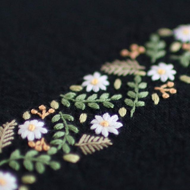 * . . . #刺繍#手刺繍#ステッチ#手芸#embroidery#handembroidery#stitching#needlework#자수#broderie#bordado#вишивка#stickerei