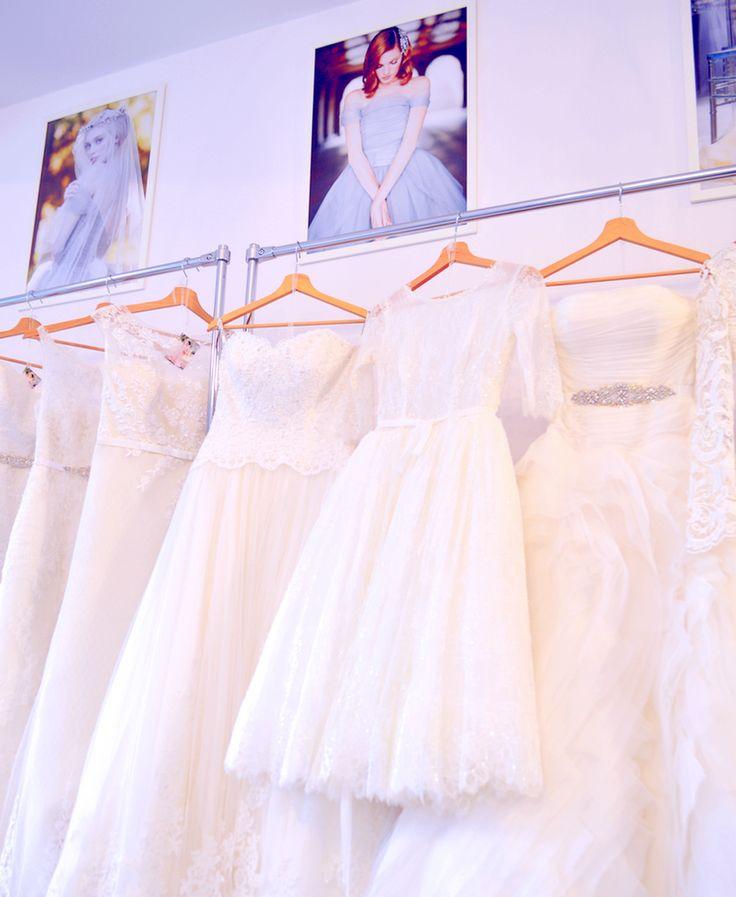 """Drogie Panny Młode!   Jako zawodowe stylistki śpieszymy na pomoc w programie """"Ślubnych Rewolucji"""" i pomagamy w tworz..."""