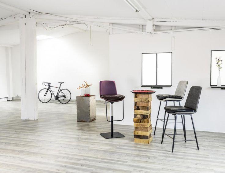 KFF LHASA Barhocker bar stool  erhältlich bei:  Hoflehnerinteriors.at