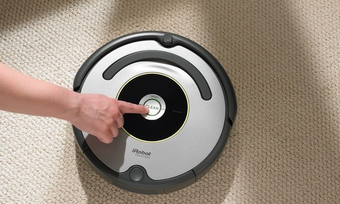 iRobot Roomba 650 Series Robotic Vacuum Cleaner: iRobot Roomba 650 Series Robotic Vacuum Cleaner (Manufacturer Refurbished)