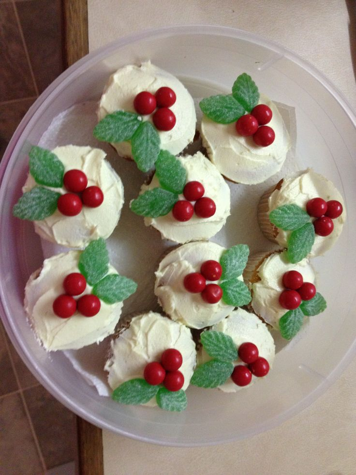 Christmas cupcakes easy to decorate!