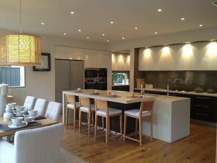 overhead cupboards - no handles