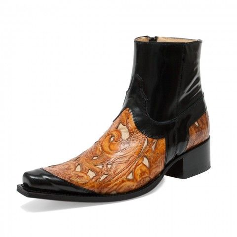 Great Sendra boot, with some real intricate leatherwork going on. Sendra model mimo 5813 quesia