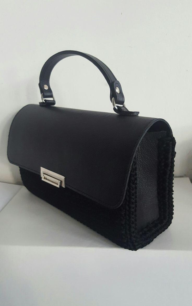 Χειροποίητη τσάντα απλή και κομψή για όλη την ήμερα