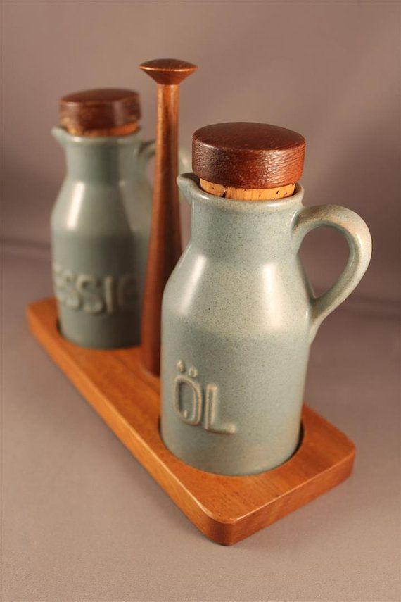 Lovely Oil and Vinegar Dispenser Set with by ZeitreiseFrankfurt