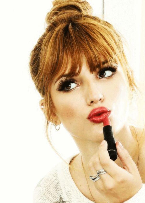 La #frange pin-up #coiffure #femme