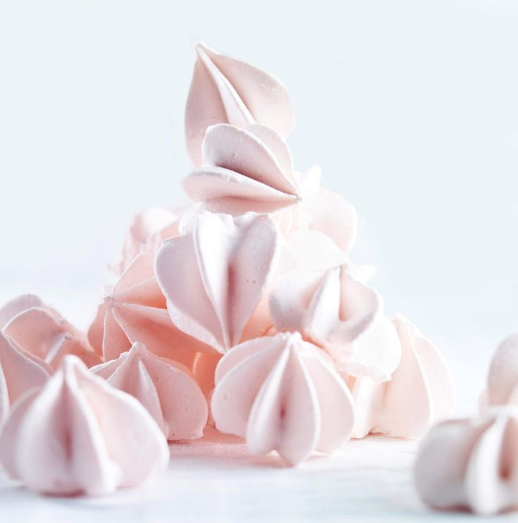 Fancy making a meringue from GBBO? Here is a traditional recipe