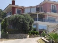 http://www.turkeyhousesforsale.com/property/real-estate-kusadasi-10537