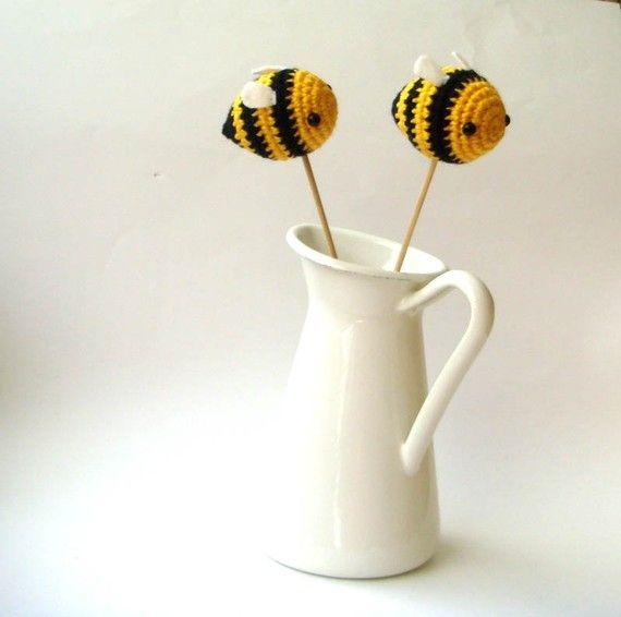 spring bees easter bumble bees por sabahnur en Etsy