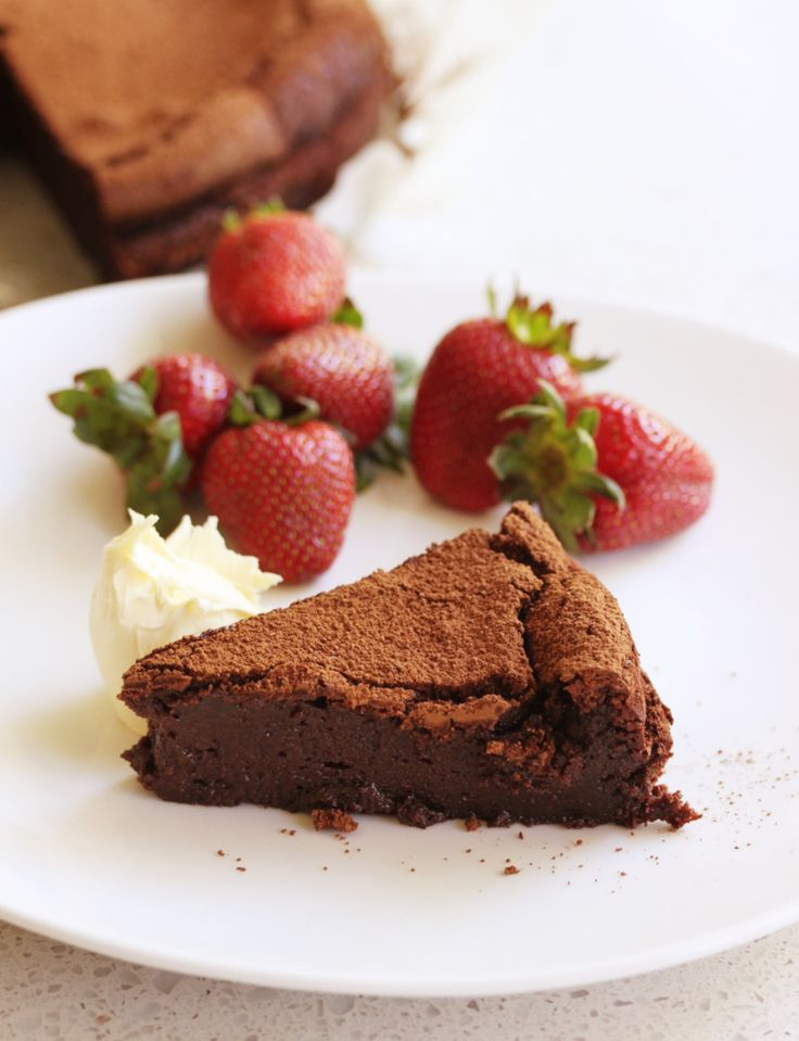 Flourless chocolate cake for the very romantic!