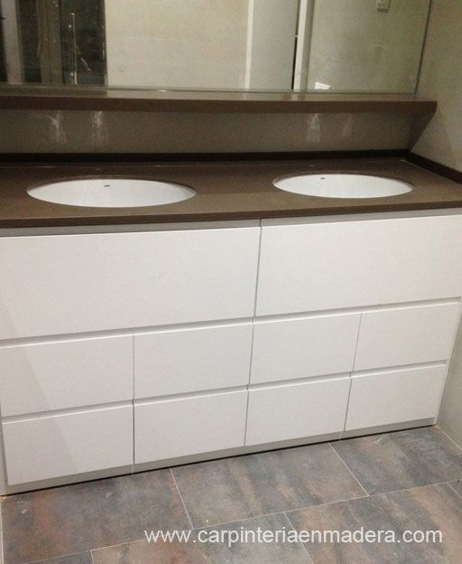 Mueble de baño a medida realizado por Alpis, carpinteriaenmadera.com