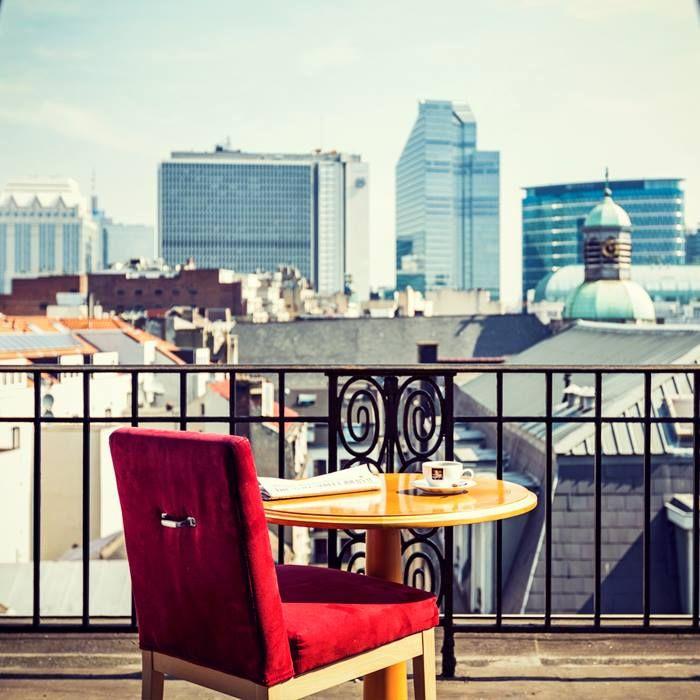 NH HOTELS  Sábado las mañanas se hicieron para cuarto de servicio. #TravelWithNH - http://www.nh-hotels.com/