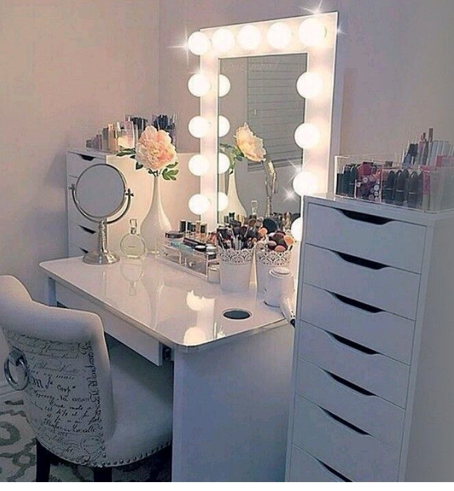 another vanity for teenage girls make them feel like a star - Bedroom Ideas Teens