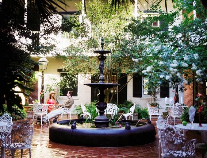 Charming Hotel Provincial, New Orleans 50 Year Old. 93 Rooms Are Spread Over Several  Buildings