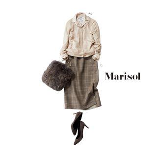 自分らしさが出る王道ボーダーには赤を選んでベージュコーデを活発にMarisol ONLINE|女っぷり上々!40代をもっとキレイに。