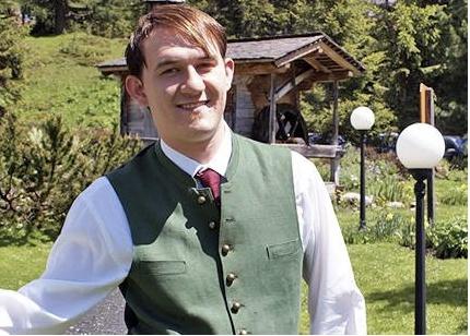 Thomas Schaffer. Chef de rang. Das Gute liegt so nah - und so hat der aus dem Ort Turrach stammende Thomas den Hochschober als seinen Arbeitsplatz gewählt.