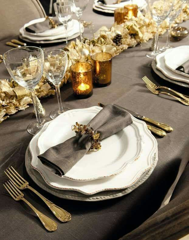 A simple dark grey tablecloth adds luxe to this setting. Join me on the blog at YasminChopin.com