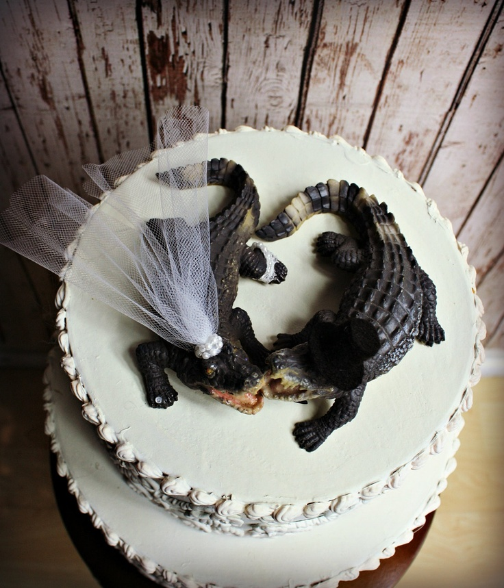 Alligator Cake Topper