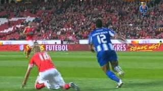 Liga Portuguesa 10/11 (25ªJ): Benfica 1-2 FC Porto (03-04-2011), via YouTube.