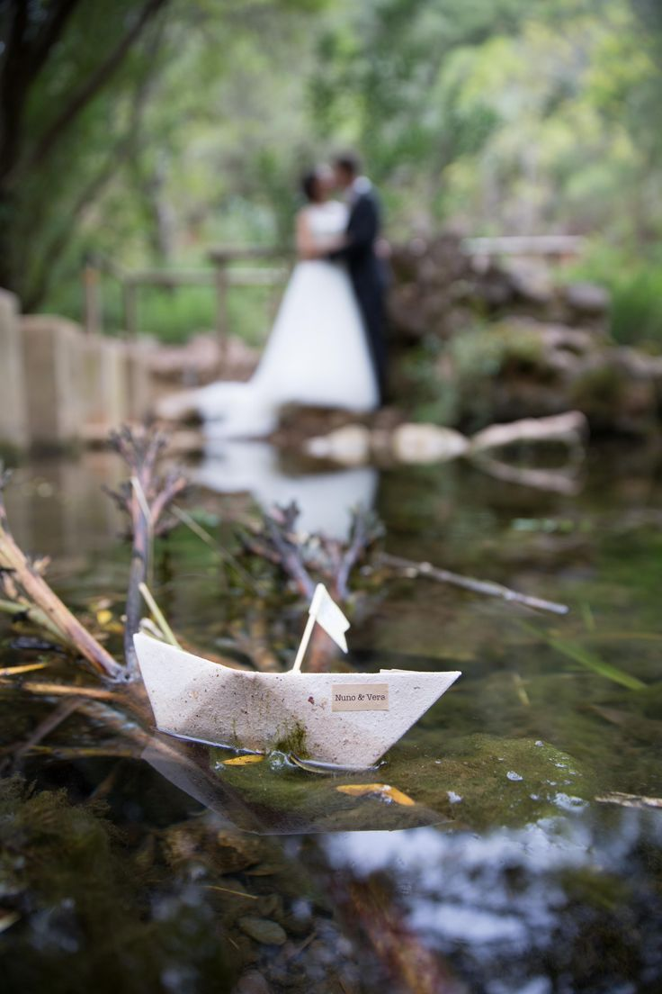 Pormenor porta alianças de casamento, barco de papel Ring holder wedding, paper boat,  beach