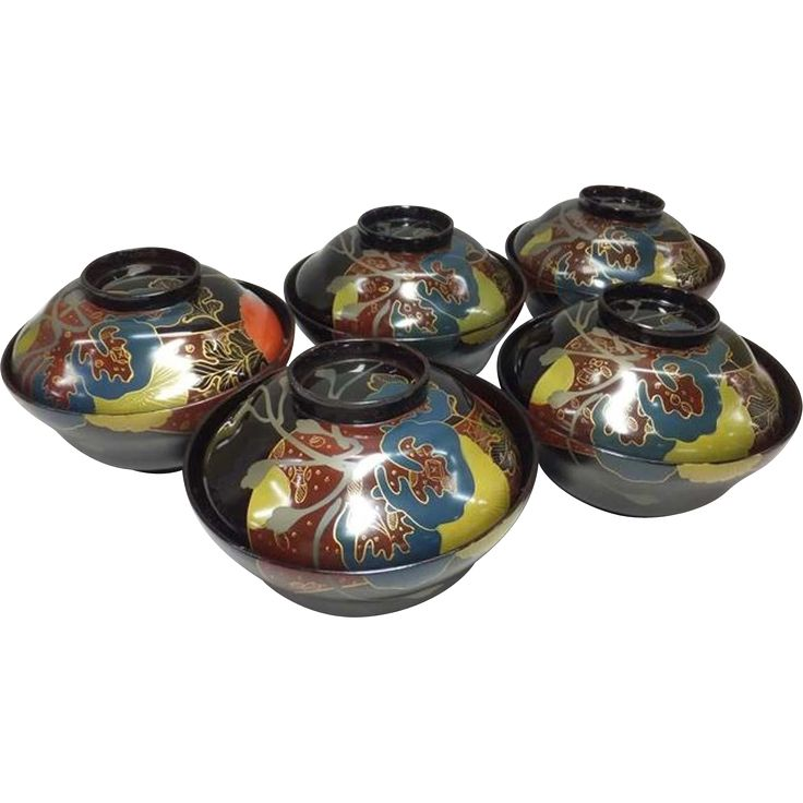 Perfect Gorgeous Set Of Five Japanese Vintage Lacquerware With Maki E Bowls