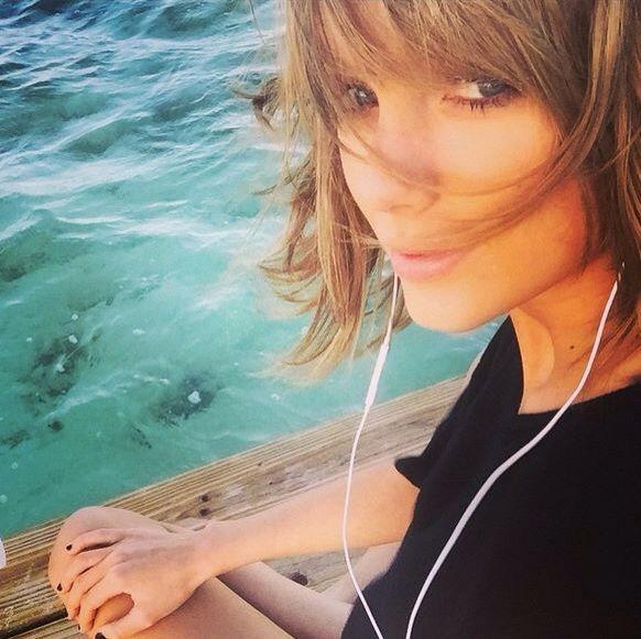 Clear blue water... -Taylor Swift-