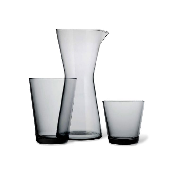 Created by influential designer Kaj Franck under the Finnish design house Iittala, the Kartio series dates to 1958. Quietly sophisticated, both the 7oz tumbler and the 13.5oz glass are durable enough to withstand the everyday. Sold as a set of 2.