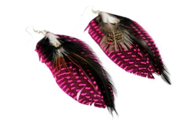 Boucles d'oreilles plumes noires et rose bijoux en plumes - pink and black feather earrings jewellery