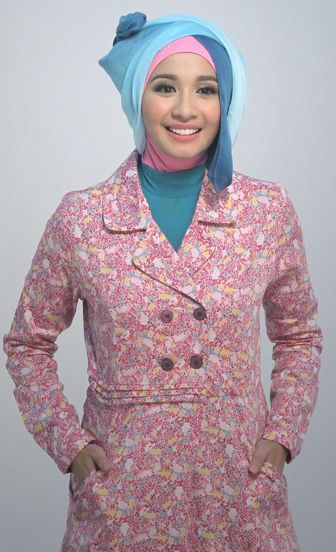 Wajib Lihat!! Tutorial Hijab Modern Ala Selebritis Tanah Air