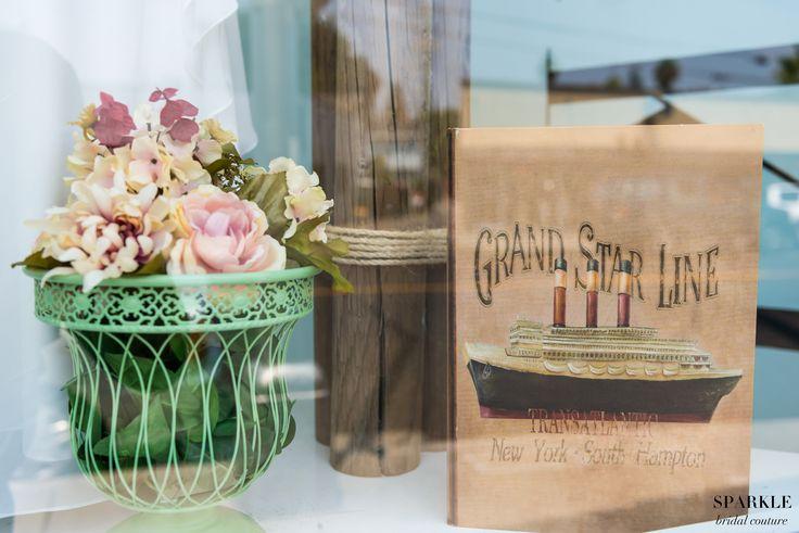 Having pastel flowers adds a whimsical touch to a lake themed wedding!  #Nautcialwedding #Flowers #Weddingdecor #Outdoorwedding #Boatwedding @elegantwedding #leilanipaularphotography
