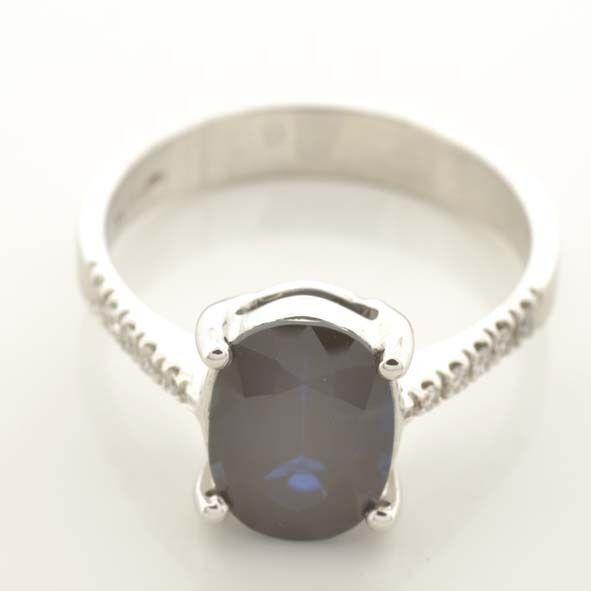 Anello in oro 18 kt con 10 Diamanti naturali Certificati e Zaffiro naturale