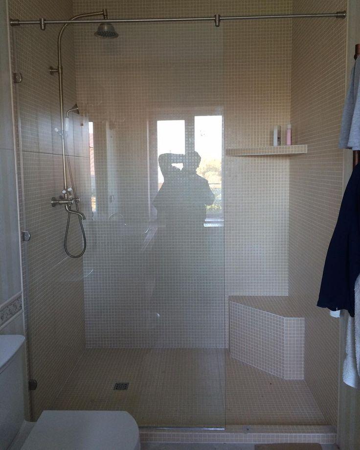 Душевные перегородки из закалённого стекла на заказ #smolensk #смоленск #душевыекабины #design #homedesign #interior #glass #стекло #ванная #душ #стекло by _space_design_ http://discoverdmci.com