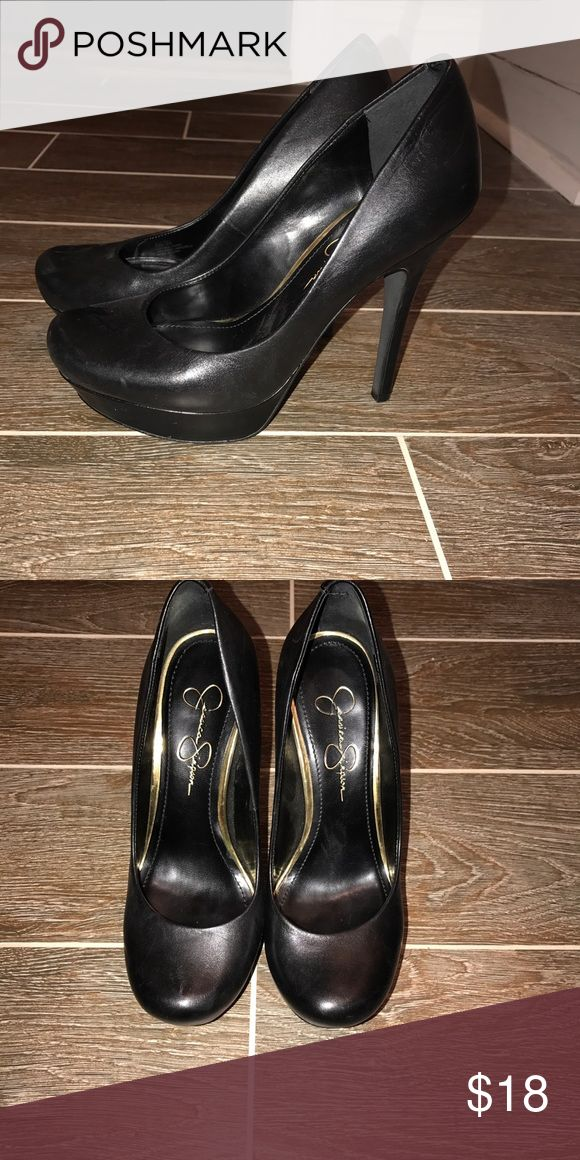 Jessica Simpson Black Pumps Sz 8 EEUC Jessica Simpson black pumps. Worn 4x Sz 8 Jessica Simpson Shoes Heels
