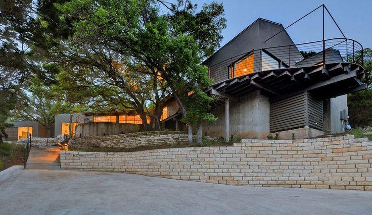 Ancienne hacienda mexicaine rénovée en maison contemporaine aux USA, Une-westlake-home par Capstone Custom Homes #construiretendance