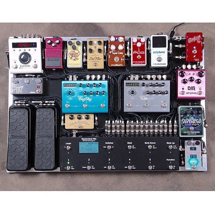 235 best pedalboard amps images on pinterest guitars music and electric guitars. Black Bedroom Furniture Sets. Home Design Ideas