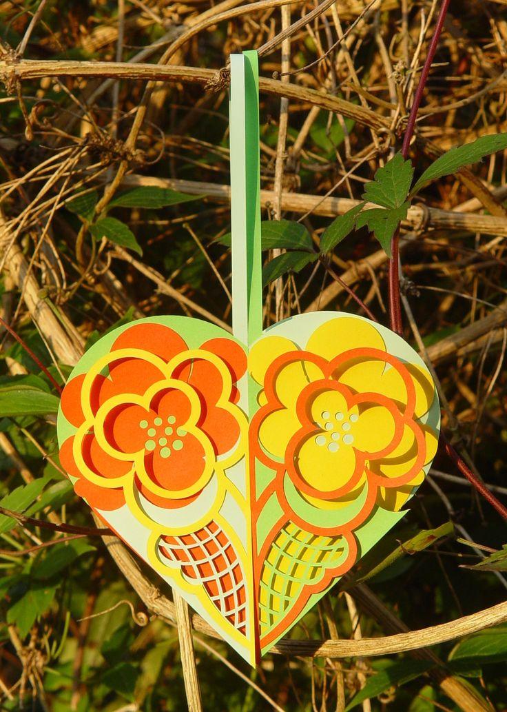 Joined flower basket