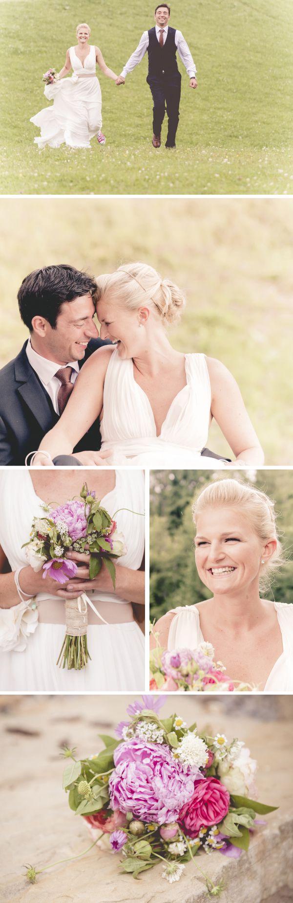 Nikola und André wählten für ihre Hochzeit einen Ort, an dem die Zeit für alle Besucher stillzustehen scheint. Hoch über dem Tal, auf einer traumhaften Alpe, feierten sie ihre freie Trauung und Christian Frumoldt von Luminoxx Fotografie war mit seiner Kamera ganz nah dabei.  http://www.weddingstyle.de/blog/?p=3683