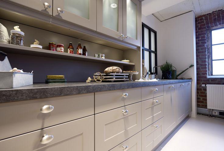 18 best cuisines images on pinterest kitchens contemporary unit kitchens and modern kitchens. Black Bedroom Furniture Sets. Home Design Ideas