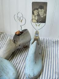 painted wooden shoe forms - Buscar con Google