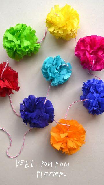 DIY: paper pompom garland