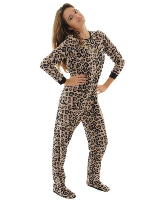0814bdadaa3c Amazon.com  Leopard Print Womens Footed Pajamas Micro Fleece Zip Up Footie  Onsie PJs  Clothing