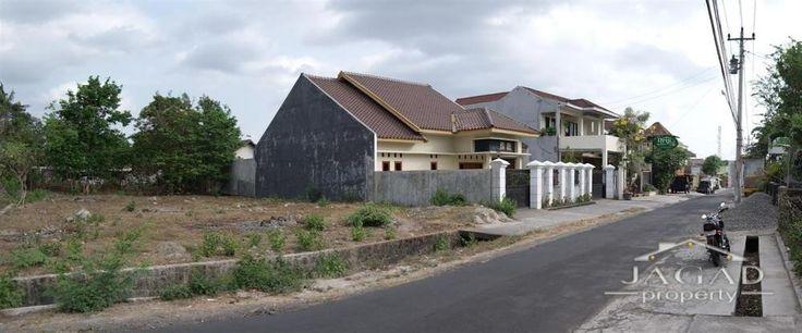 Dijual TANAH DEKAT UGM TEPI JALAN LEMPONG SARI Jogja Utara - Jagad Property