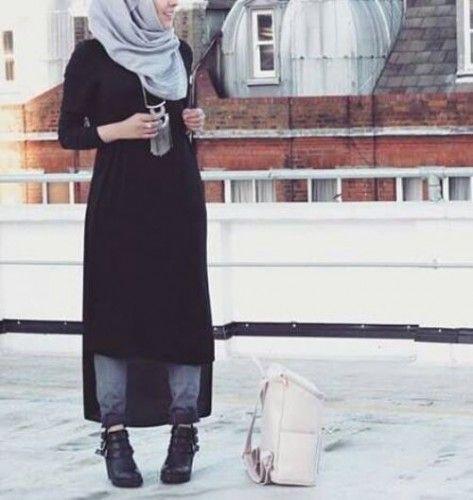 long black hijab dress, Modern Hijab Street styles http://www.justtrendygirls.com/modern-hijab-street-styles/