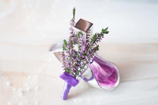 wedding, first look, love, purple, bride and groom, first moment, together, judyta marcol fotografia, fotografia ślubna, wedding photography, pierwsze spotkanie pary młodej, dodatki na ślub, wrzosowy, wrzos