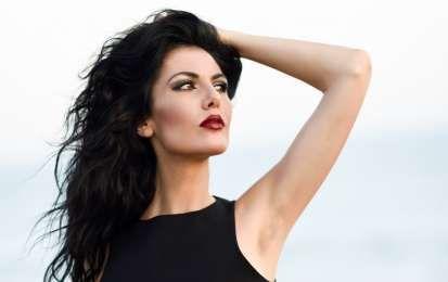 Rimedi naturali per rafforzare i capelli: i più efficaci - I rimedi naturali per rafforzare i capelli, i più efficaci per stimolare la crescita della chioma e per evitare la caduta dei capelli fragili.