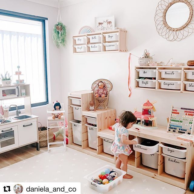 Parents with kids … don't you wish you had a play room like this? So neat an…