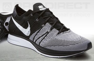 Nike Flyknit Trainer  - Black/White - Mens Running Shoes