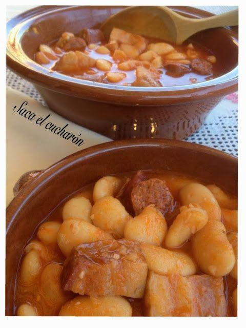 Ingredientes para 4 personas:   500 gr. de Judiones de la Granja.   200 gr. de chorizo.   200 gr. de bacón ahumado.   1 hoja de laure...